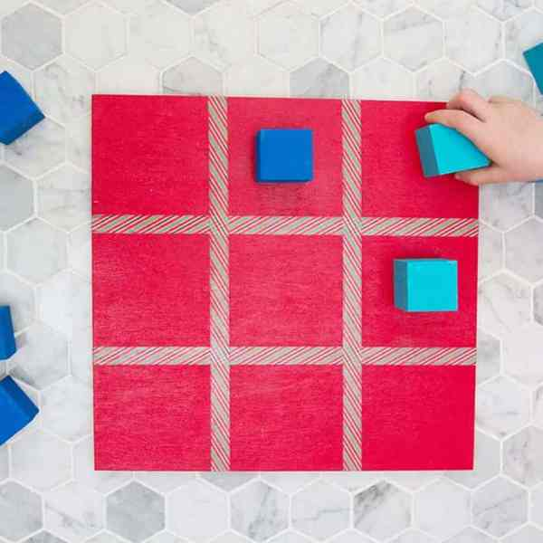 DIY  //  TIC TAC TOE BOARD