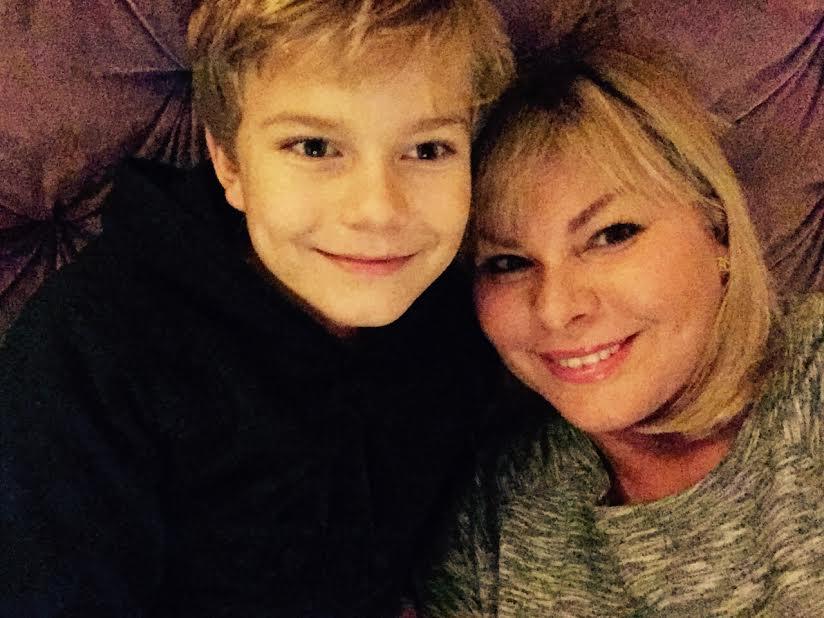 joel og mor