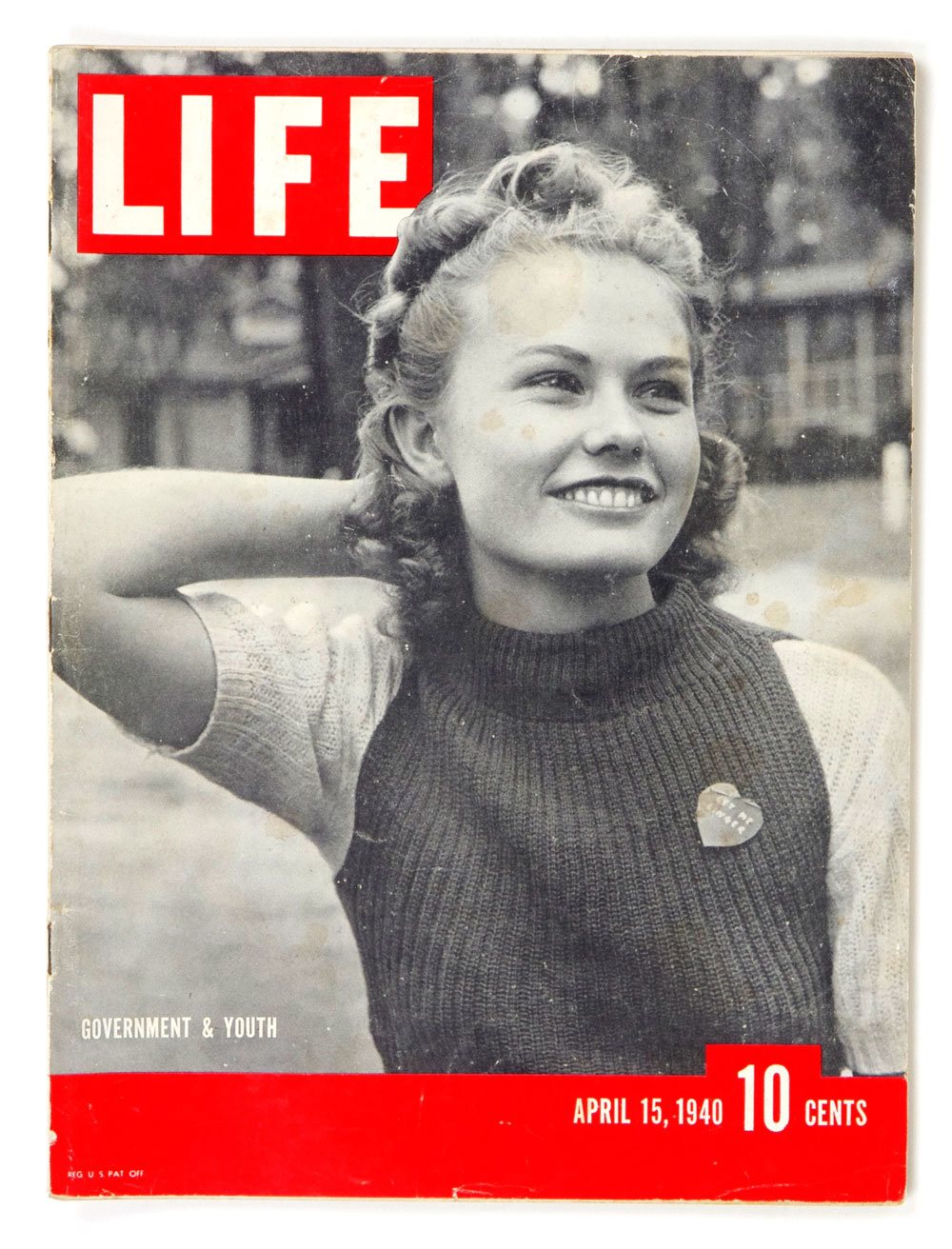 LIFE Magazine 1940 April 15 Government & Youth