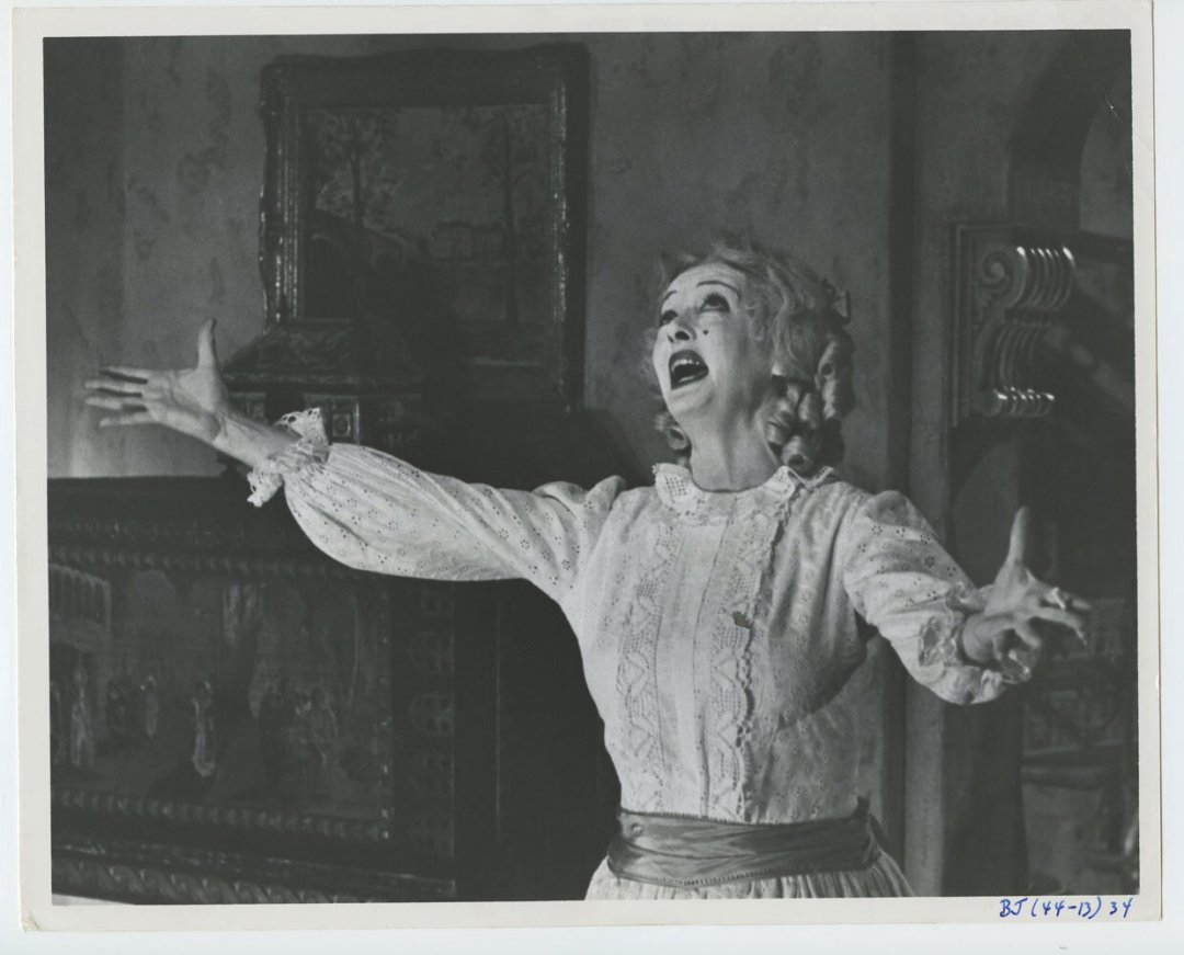 Bette Davis Photo 1962 What Ever Happened to Baby Jane?