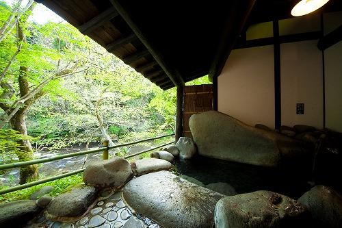 山荘天水家族風呂