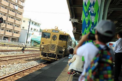 或る列車、10月中旬までの運行です。