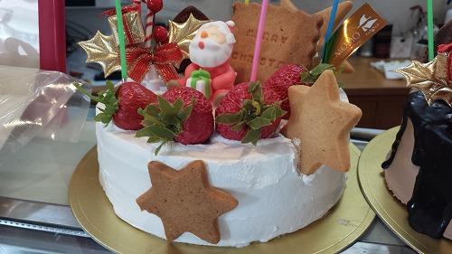 MOMOクリスマスケーキ