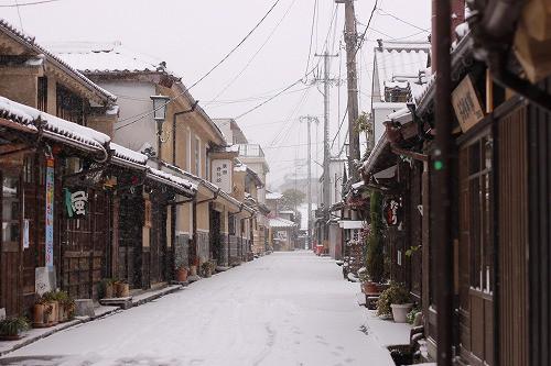 豆田町、雪の日はこんな景色。