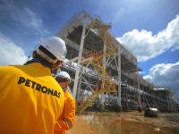 PETRONAS Back In: Buys 25% of LNG Canada