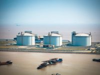 Kinder Morgan Purchases 100% of Elba LNG, Raises Distribution 14%