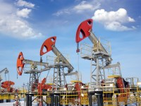 IEA Sees Flattening Oil Production, Lower Demand Growth