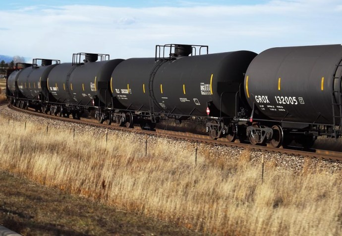 TANK CARS OIL BY RAIL_0025_Layer 28