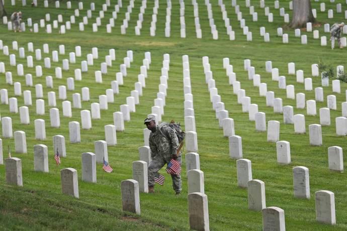 Arlington Cemetary - Memorial Day