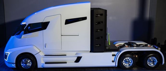 Is CNG Trucking's Future, or Just a Pit Stop on the way to Electric Semi-Trucks?