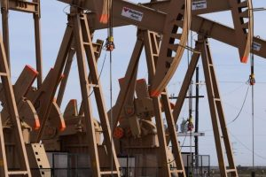 Aftershocks from Chevron-Anadarko: Experts Discuss What's Next for U.S. Oil Companies