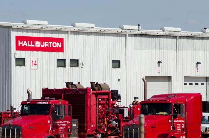 Halliburton vows more cost cuts as shale demand dwindles, shares rise - oil and gas 360