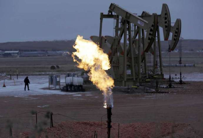 Natural gas companies call for carbon tax- oil and gas 360