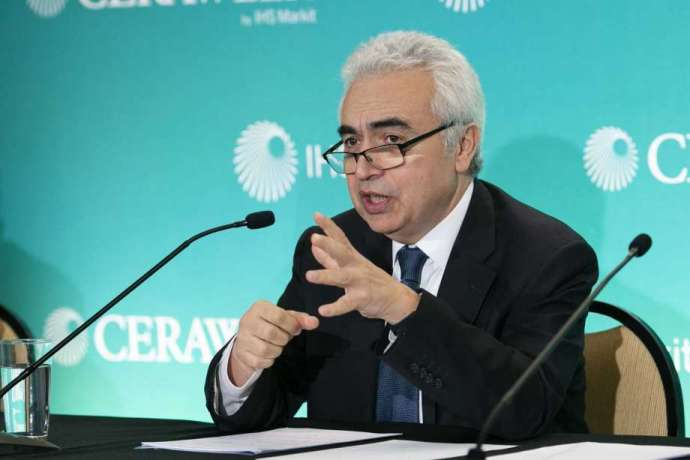 Oil and gas firms must invest in clean energy solutions to survive: IEA-oil and gas 360