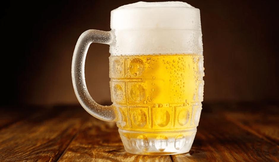 cerveza después trabajo reduce estrés