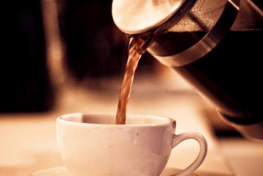 Gasto hormiga cafeterías hacer café en casa