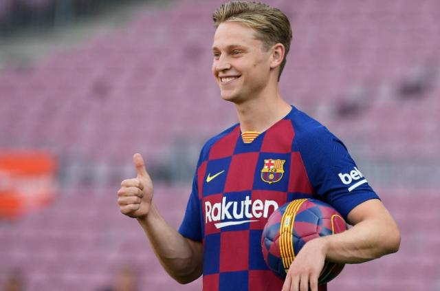 Frenkie de Jong llega al Barcelona