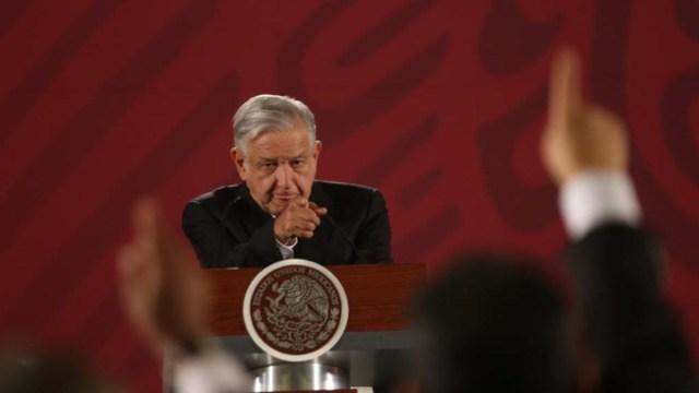 AMLO pone a elegir a los mexicanos