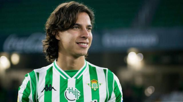 Transferencia de Diego Lainez