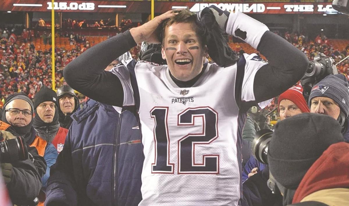 Tom Brady extiende su contrato por 2 años más