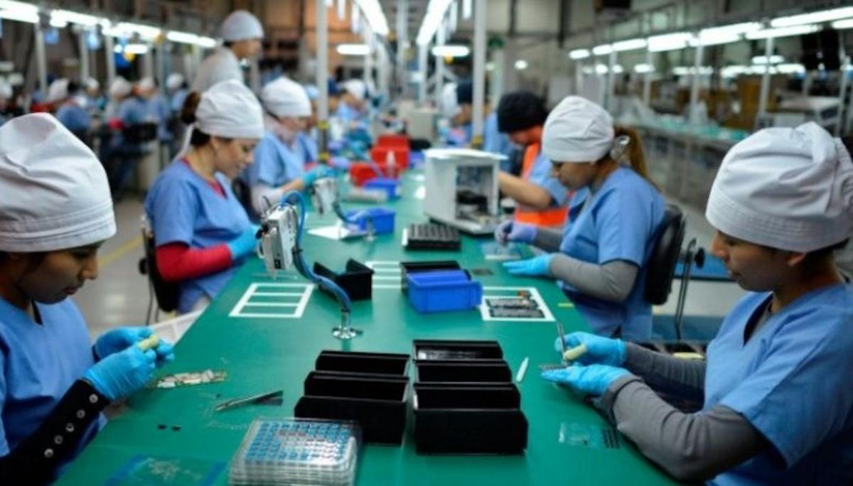 Actividad económica México estancada 3 meses