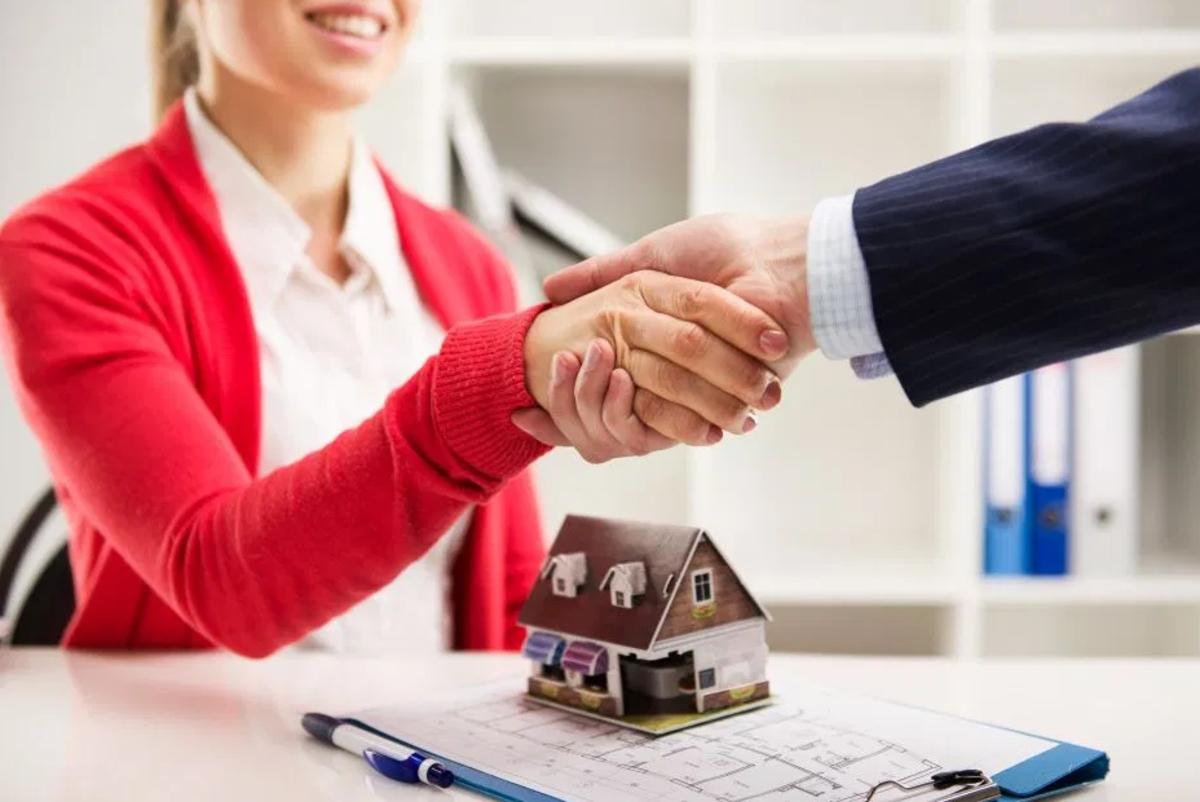 Es posible comprar una casa sin la necesidad de comprar ingresos
