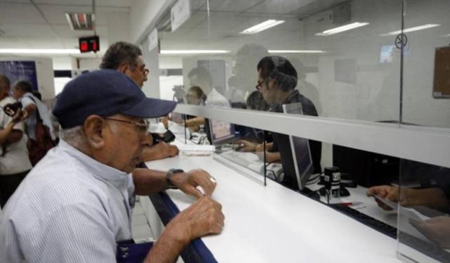 Para los pensionados y jubilados del IMSS, el pago se realiza el día primero de cada mes