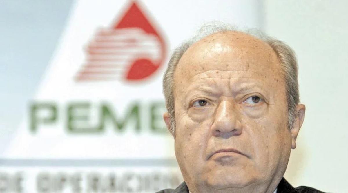 Renuncia Carlos Romero Deschamps