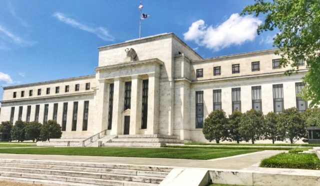 Imagen: Facha del edificio de la Fed, 30 de octubre de 2019 (Imagen: Especial)
