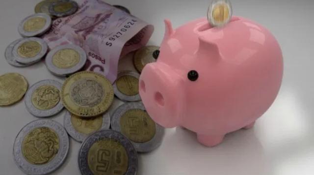 16 de diciembre 2019, Afores en México, cochinito, alcancía, ahorro, dinero, afore, efectivo, billetes, mnoe