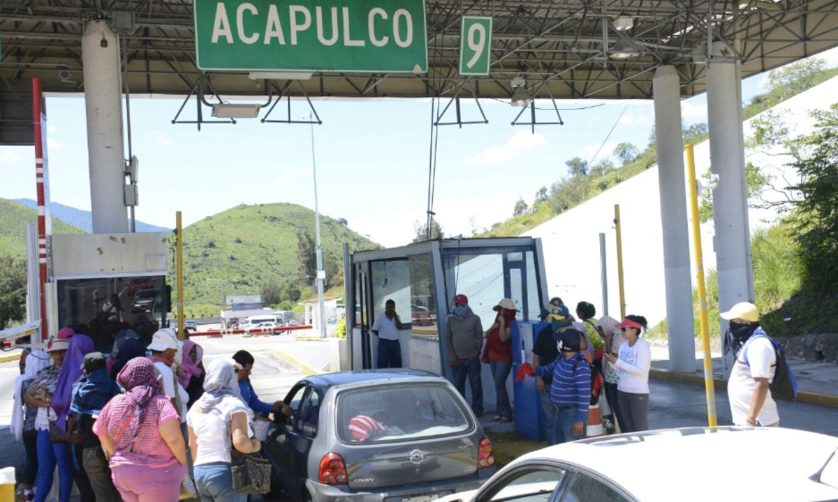 23 de diciembre 2019, Costo de casetas a Acapulco, Casetas, Autopistas, Personas, Carros, Casetas de cobro
