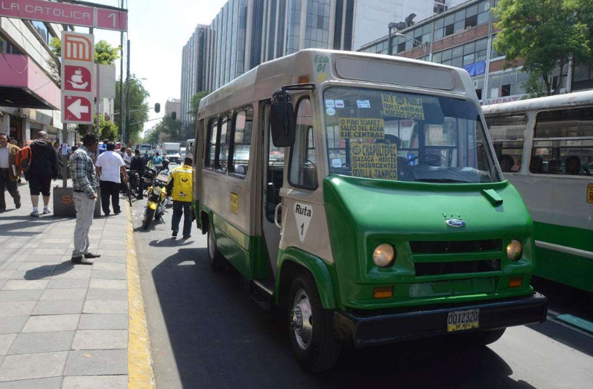 23 de diciembre 2019, Tarifa del transporte de la Ciudad de México, transporte público, metro, camiones, personas