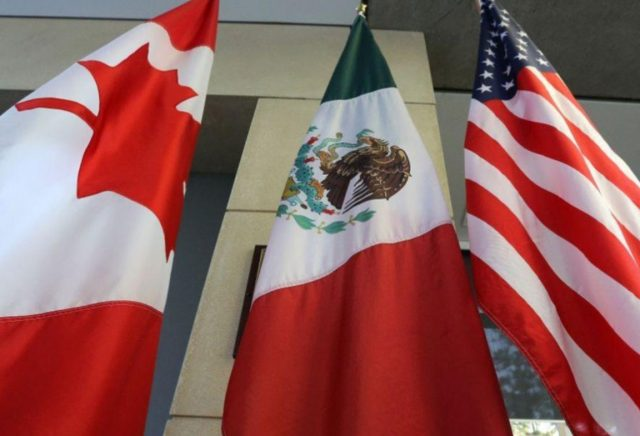 Economía, tratado, banderas de Estados Unidos, Canadá y México (Imagen: Especial)