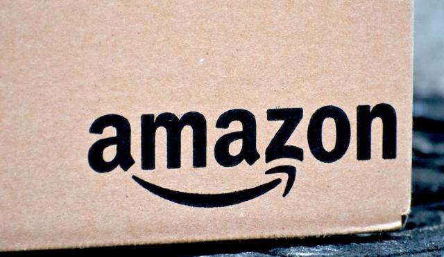04-01-20, Amazon, caja