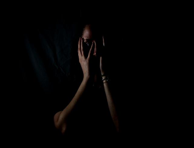 26 de febrero 2020, Violencia, Mujer, Lagrimas, Miedo, Violencia, Persona