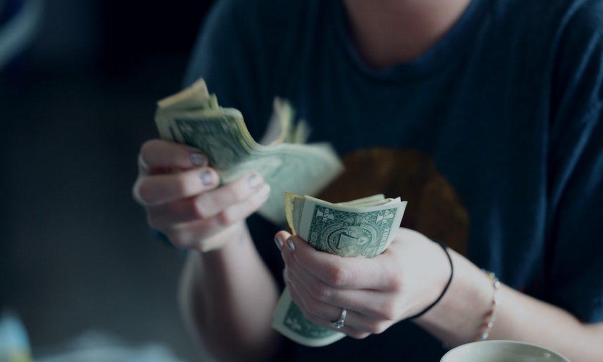 Dinero, Ingresos, Hobbies, Dinero extra