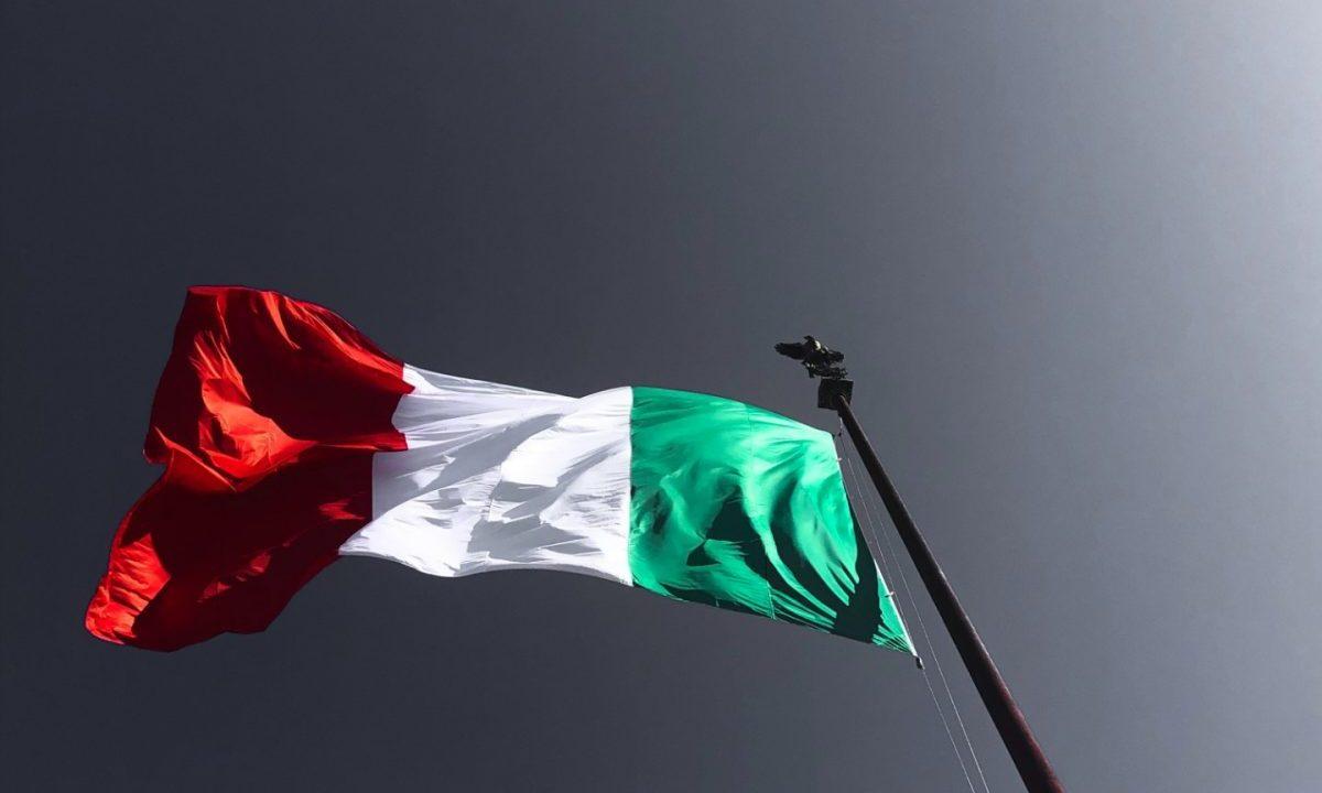 Bandera de Italia (Imagen: Unsplash)