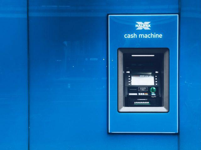 Cajero automático (Imagen: Unsplash)