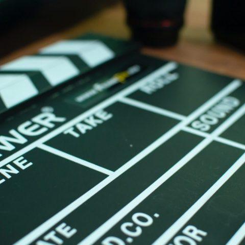 cine en casa (Imagen: Unsplash)