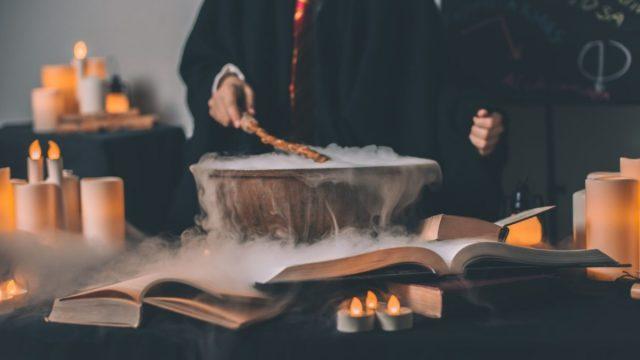 Hechizos de Harry Potter (Imagen: Unsplash)
