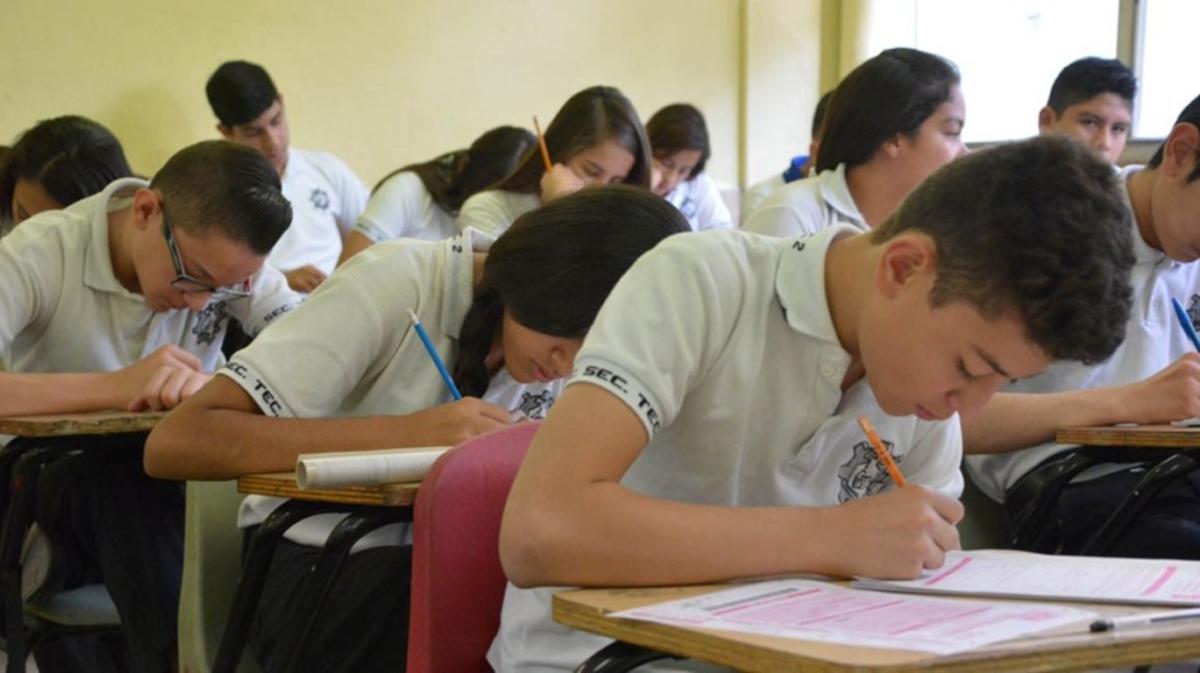Examen para Secundaria, Escuela, Estudiantes, Secundaria