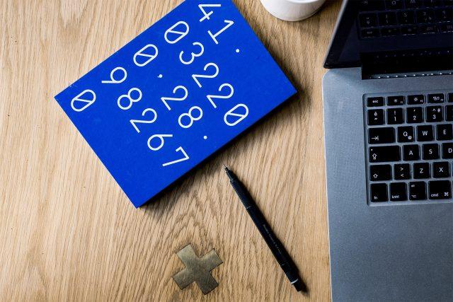 Matemáticas y cursos (Imagen: Unsplash)
