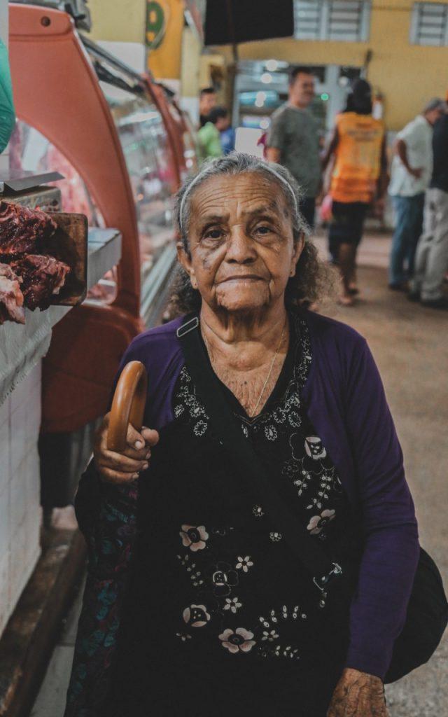Mujer con semanas cotizadas en IMSS (Imagen: Unsplash)