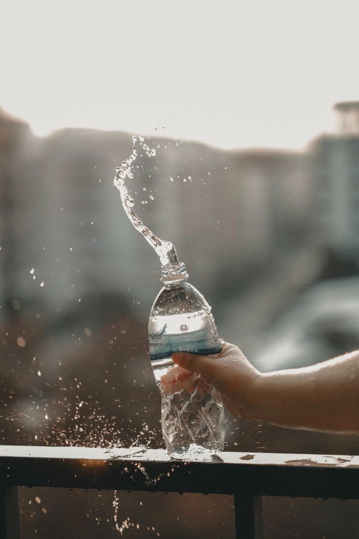 Botella de plastico de agua (Imagen: Unsplash)