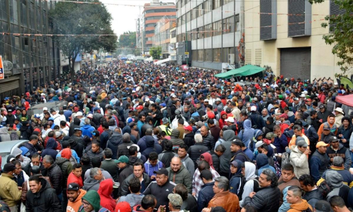 Concentracion trabajadores de CDMX (Imagen: Twitter @Antonio05860854)