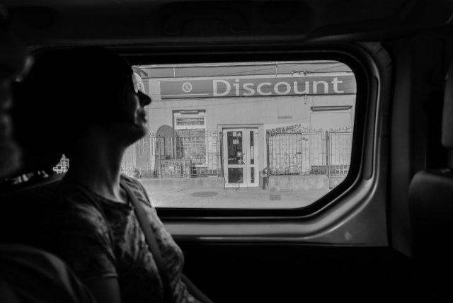 Vendedor de automóviles (Imagen: Unsplash)