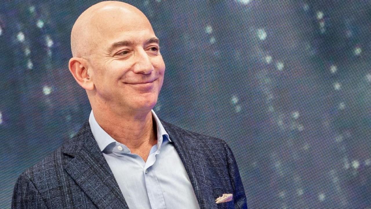 Jeff Bezos crea preescolar para niños de bajos recursos
