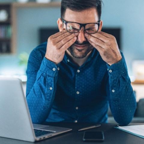 Cansancio tras trabajo desde casa (Imagen: pixabay)