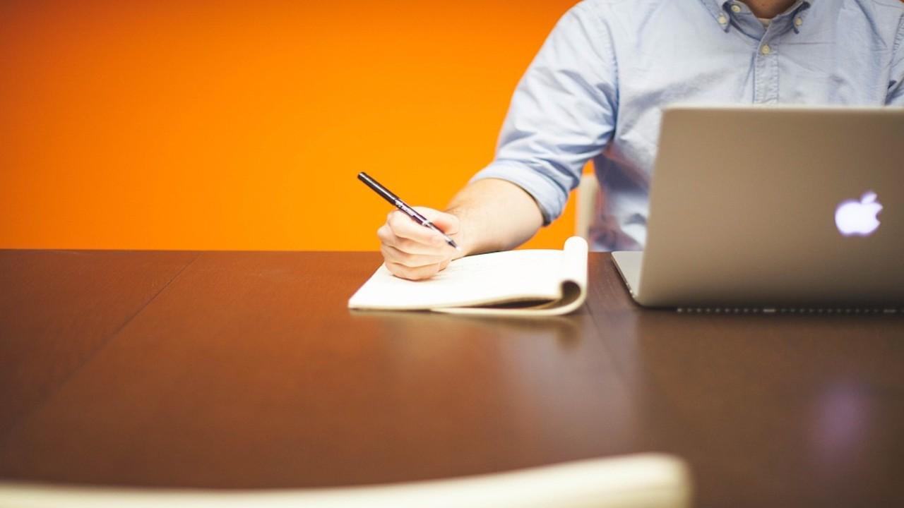 Emprendedores con empresa (Imagen: pixabay)