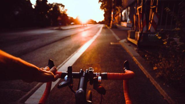 Lanza Bicitekas calculadora ciclista para medir tiempo y ahorro al viajar en bici